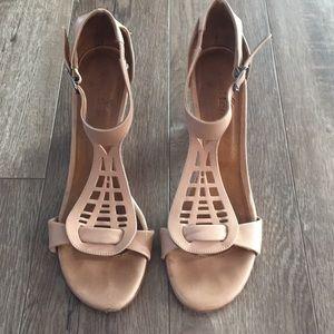 Coclico T Strap Cutout Heel